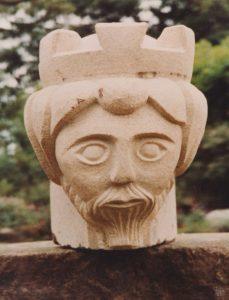 King sculpture